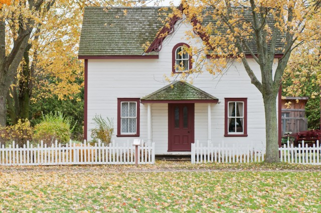 Complete House Hunting Checklist for Buyers (NEW List)